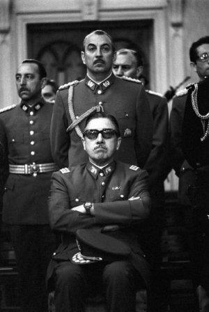Pinochet_junta_Chas_Gerretsen_Gamma