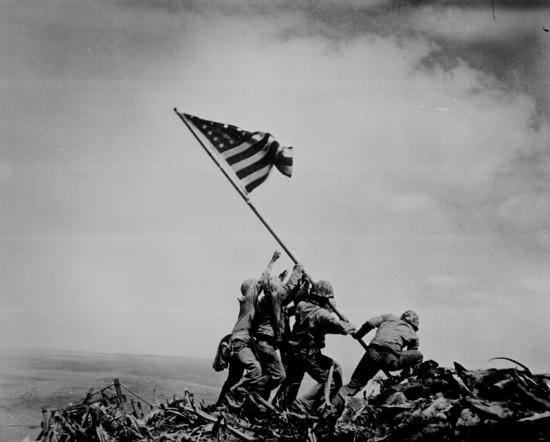 Rosenthal__Iwo_Jima_flag_raising