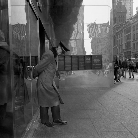 The Trump's Tower Doorkeeper, Nueva York 1998. Ángel Sanz_baja