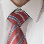 arreglar el nudo de la corbata con Photoshop