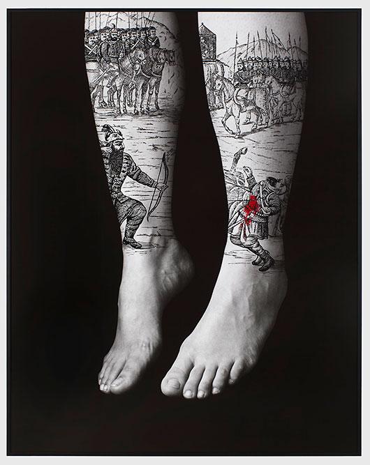 Shirin-Neshat-Escrito-sobre-el-cuerpo