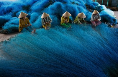Fishing net making in Mekong Delta, 2012, by Tuyet Trinh Do (Vietnam)