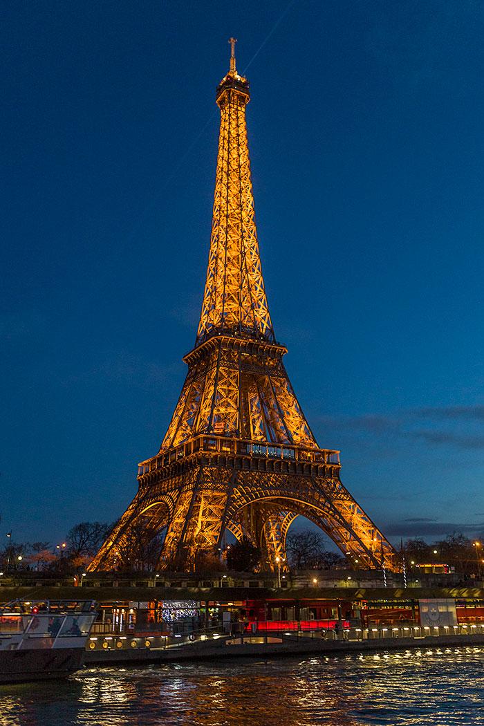 Omnifoto-Paris-Torre-Eifel-desde-el-Bataux-Mouche
