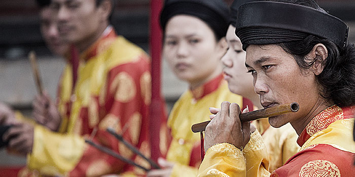 Omnifoto-musicos-Hue-Vietnam