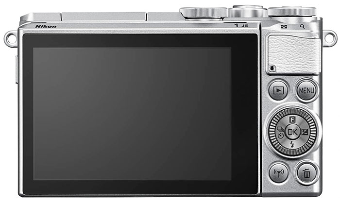 Nikon-1-J5-parte-trasera