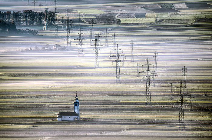 131032102081634284_c-Andrej-Tarfila,-Slovenia,-Winner,-Open,-Travel,-2016-Sony-World-Photography-Awards