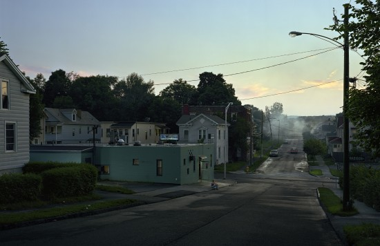 Gregory Crewdson_file_378_743