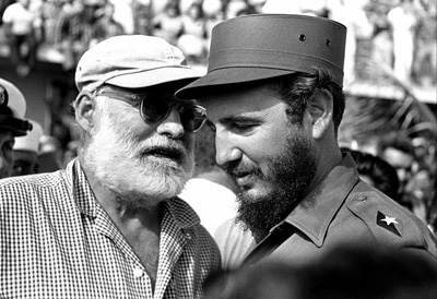 Osvaldo Salas - Heminway con Fidel Castro