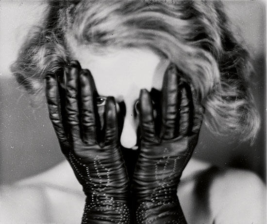 Fotografía y cine surrealista en la Fundación Mapfre