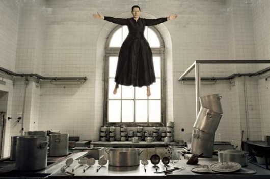 marina-abramovic-the-kitchen-i
