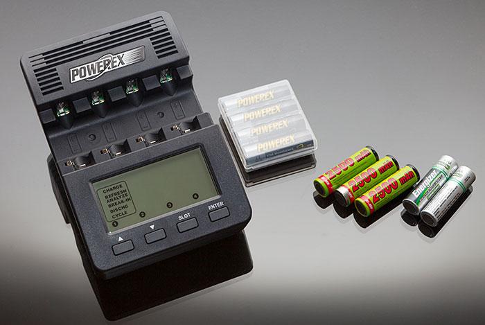 Cargadores-de-pilas-inteligentes-cargador-analizador
