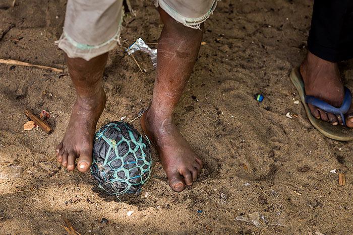 Omnifoto--niño-pelota