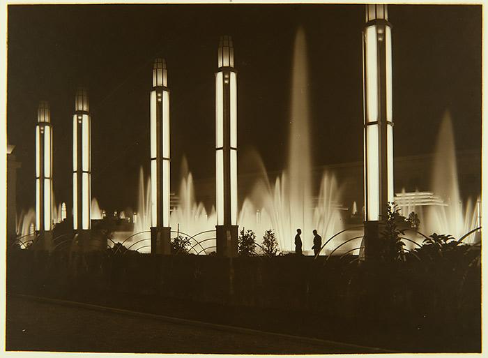 Sebastià Jordi Vidal - Fotografia del álbum Exposición de Barcelona, 1929-1930